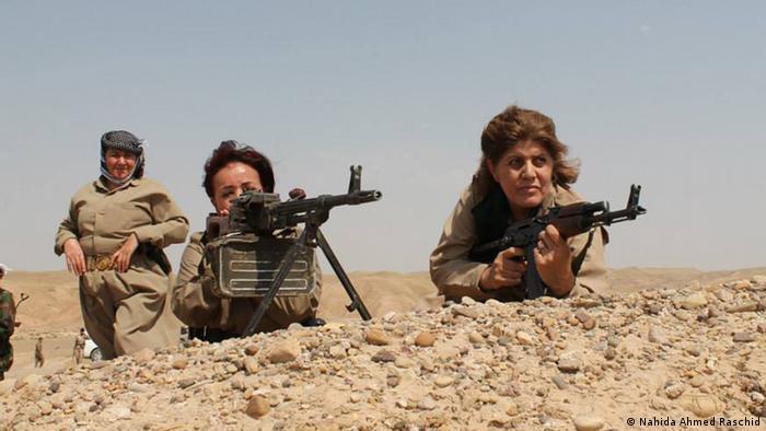 Kurdische Peschmerga-Frauen kämpfen gegen die IS (Bildergalerie)