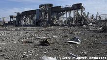 Ukraine Zerstörter Flughafen von Luhansk