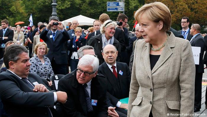 Protest against anti-Semitism in Berlin. (Photo: REUTERS/Fabrizio Bensch)