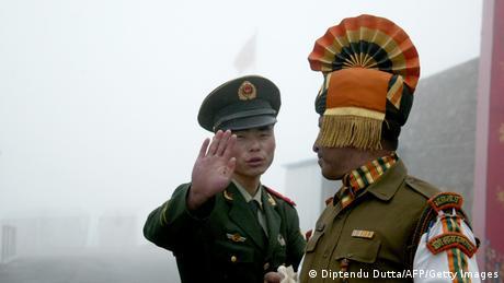 Indien China Grenzsoldaten Archiv 2008 (Diptendu Dutta/AFP/Getty Images)