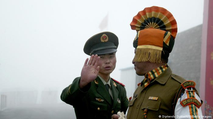 Indien China Grenzsoldaten Archiv 2008 (Diptendu Dutta/AFP/Getty Images)