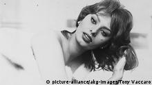 Italien Film Schauspielerin Sophia Loren als Covergirl 1959