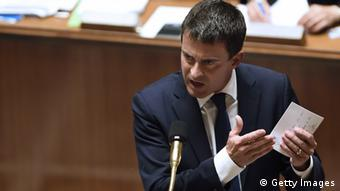 Manuel Valls redet vor Abgeordneten in Paris (Foto: Getty Images)