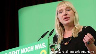 Luise Amtsberg, flüchtlingspolitische Sprecherin der Grünen im Bundestag, 16.3. 2013 (Foto: dpa)