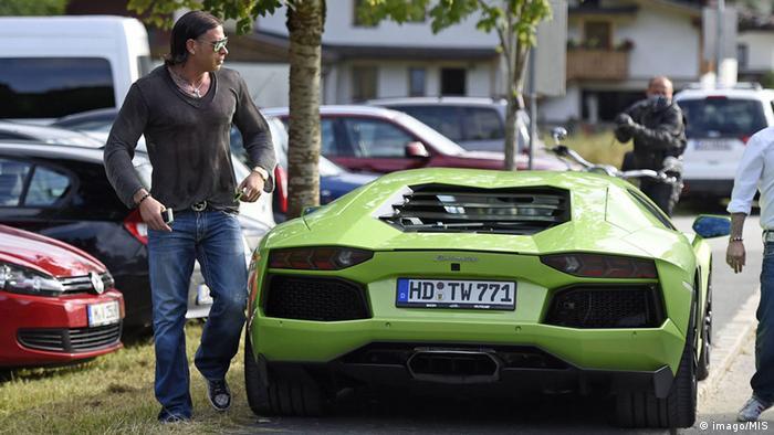 Tim Wiese sa zelenim Lamborghinijem