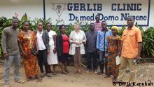 Margret Gieraths-Nimen, Leiterin der Gerlib Clinic in Monrovia, Liberia (and her medical staff) Bild: DW-Korrespondent Julius Kanubah Photos were taken in Monrovia on 30 August 2014 (all in Paynesville, outside Monrovia).