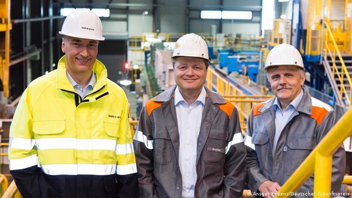 Für den Zukunftspreis nominiert: Ulrich Grethe (SMS-Siemag), Burkhard Dahmen (Salzgitter) und Prof. Karl-Heinz Spitzer (Universität Clausthal) (Foto: Ansgar Pudenz/ Deutscher Zukunftspreis)