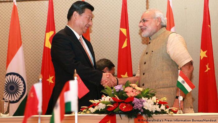 Chinas Präsident Xi Jinping in Indien Premierminister Narenda Modi