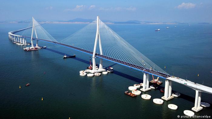 Инчхонский автомобильный мост был построен в Южной Корее за четыре года