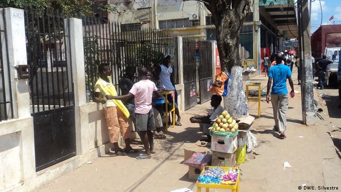 Bürger der Stadt Pemba in Mosambik (DW/E. Silvestre)