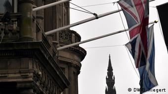 Schottland Referendum 18.09.2014 Schottische und britische Flagge