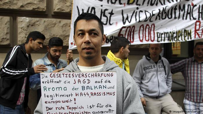 Deutschland Kundgebung vom Flüchtlingsrat Berlin vor dem Bundesrat