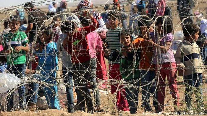 Syrische Flüchtlinge an der Grenze zur Türkei bei Suruc 21.09.2014