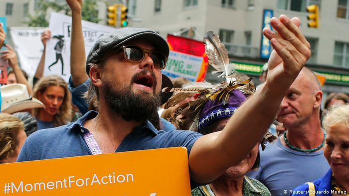 Leo DiCaprio New York protest (photo: REUTERS/Eduardo Munoz)