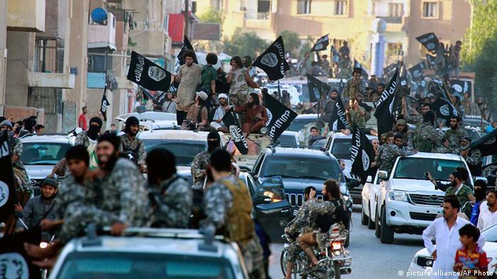 Syrien IS Kämpfer in Raqqa