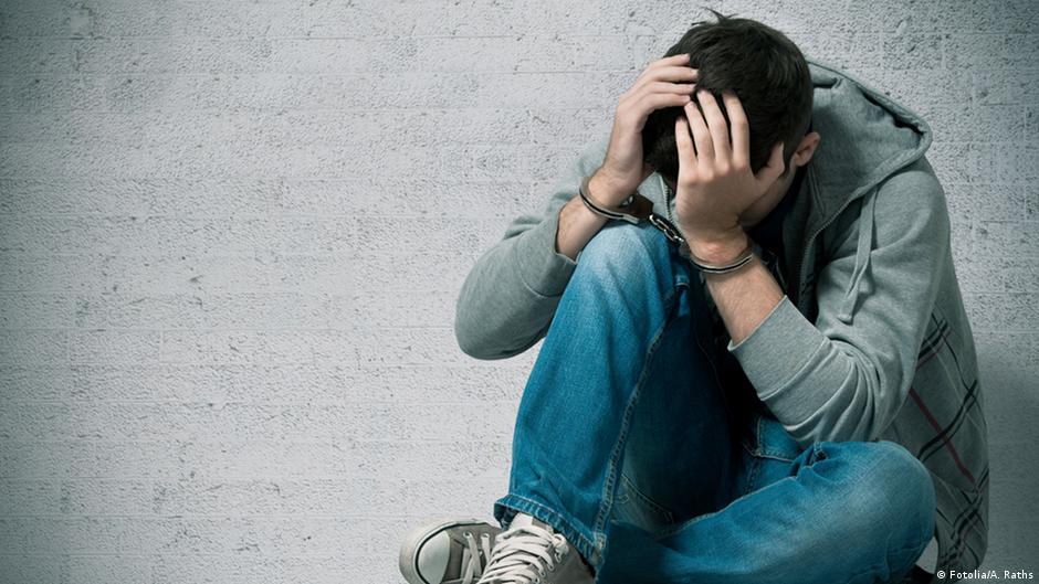 سجن الوالدين يؤثر سلبا على الطفل أكثر من موتهما | DW | 22.09.2014