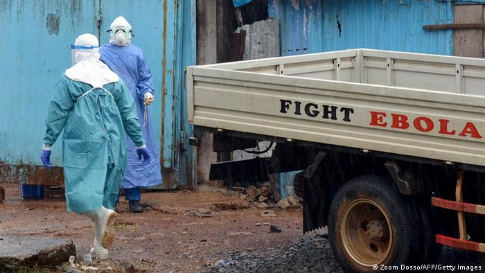Ebola Bekämpfung Helfer Liberia (Zoom Dosso/AFP/Getty Images)