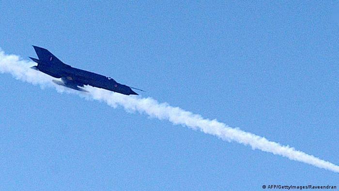 Indien Kampfflugzeug MiG 21 Archiv 2004