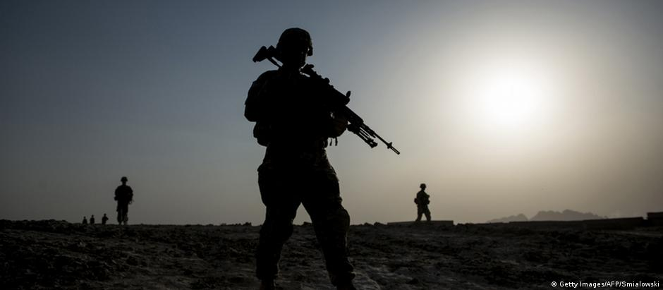 US soldiers on patrol near Kandahar, Afghanistan (Getty Images/AFP/Smialowski)
