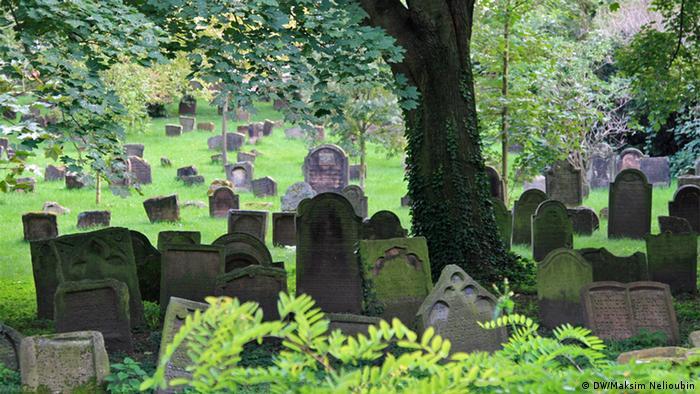 Долина раввинов на кладбище в Вормсе