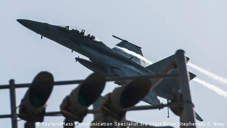 New airstrikes target IS in Syrian border towns | News | DW.DE | 24.09.2014