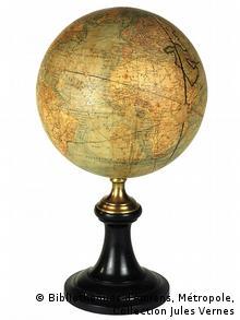 Глобус Жюля Верна