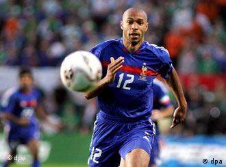Francia se clasificó para la ronda final del Mundial 2006 con más pena que gloria. Pero en Alemania, la