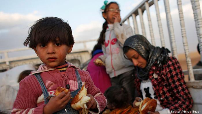Türkei Suruc Grenze Syrien Kurdische Flüchtlinge