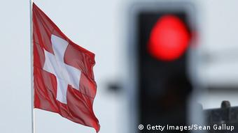 Schweiz Symbolbild Rote Ampel (Getty Images/Sean Gallup)