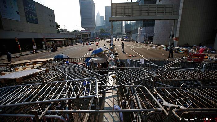 Hong Kong Anti Regierung Protest Demokratie Post it Straßenblockade 30.9.