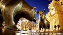 Skulptur Bulle und Bär vor der Börse in Frankfurt
