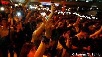 Hong Kong - Proteste mit dem Mobiltelefon