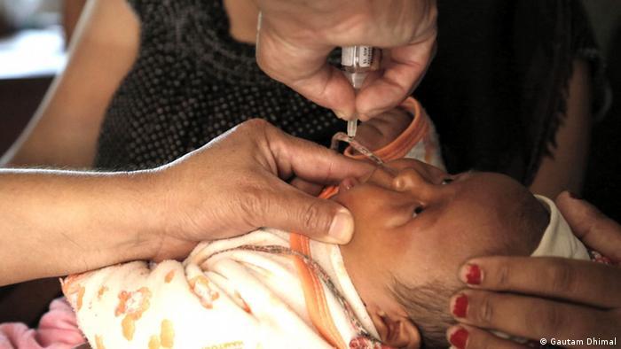 Schluckimpfung gegen Polio Foto: Gautam Dhimal