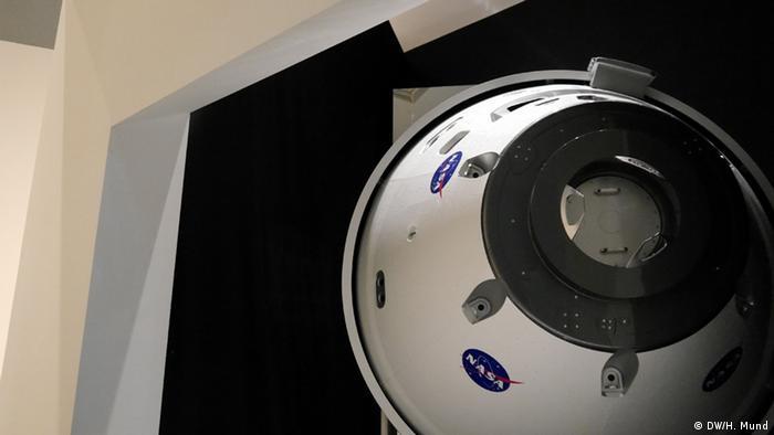 EINSCHRÄNKUNG Ausstellung Outer Space - Bundeskunsthalle Bonn