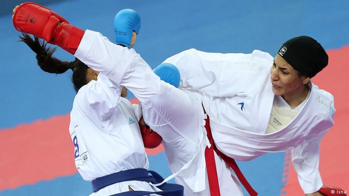 حمیده عباسعلی کاراته کار جوان ایران نخستین مدال طلای کاراته را به کاروان ایران آورد