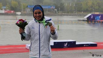 سونیا گماری، برنده مدال برنز مسابقات قایقرانی