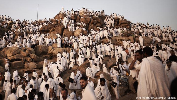 Muslime beten am Berg Arafat 03.10.2014