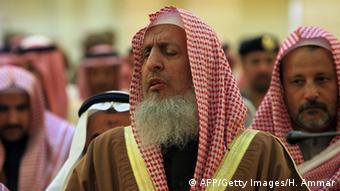 Ο Μεγάλος Μουφτής της Σαουδικής Αραβίας Σεΐχης Άμπντελ Αζίζ Αλ Σέιχ