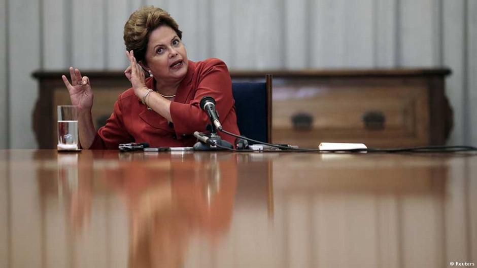 Governo fecha 2014 com déficit de 17,2 bilhões de reais | DW | 29.01.2015
