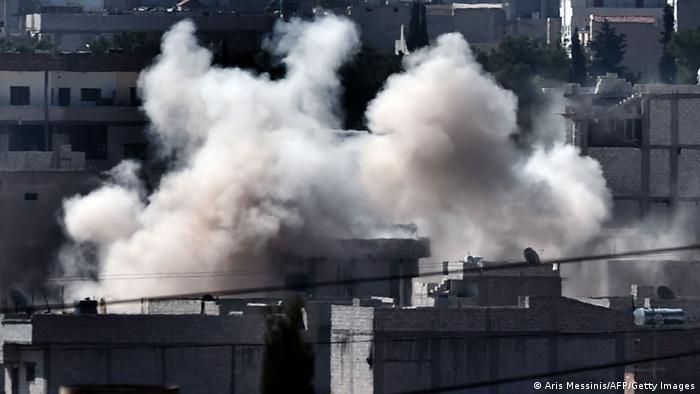 Kobane Syrien Kämpfe Grenze Türkei Soldaten 05.10.2014