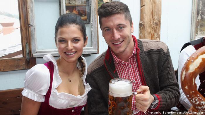 Family photo of the football player, married to Anna Stachurska, famous for Borussia Dortmund & Poland national football team.