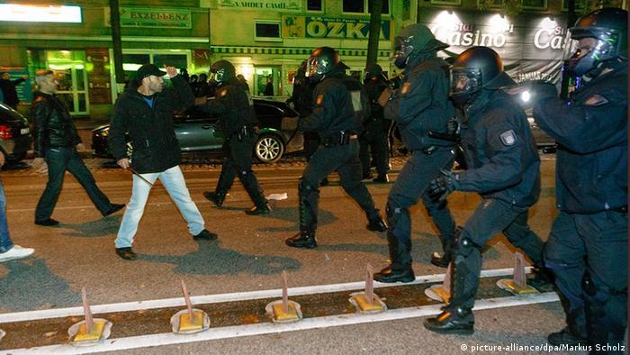 Deutschland Hamburg Straßenschlacht Kurden Salfisten Polizei 8.10.