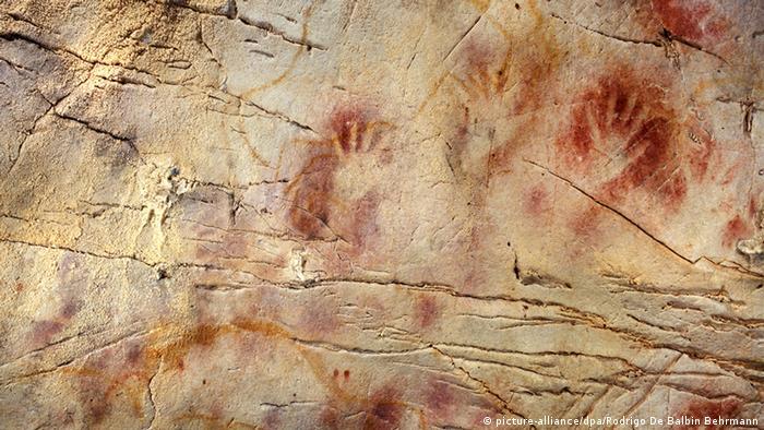 Spanien Höhlenmalerei El Castillo EINSCHRÄNKUNG