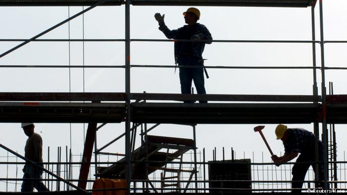 Найбільше українців працює у Польщі. Зокрема, у будівельній галузі