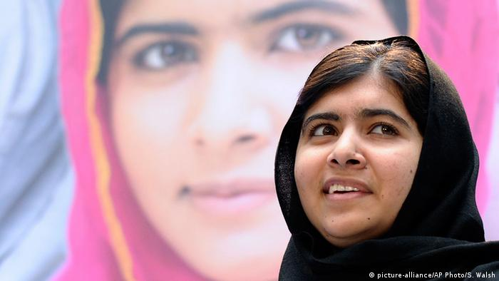 Nobelpreis 2014 Friedensnobelpreis Malala Yousafzai (picture-alliance/AP Photo/S. Walsh)