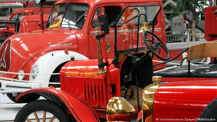 Ford T и другие пожарные машины в Музее техники в Шпайере