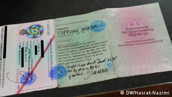 Hashem's permit to stay in Germany (Photo: Waslat Hasrat-Nazimi)
