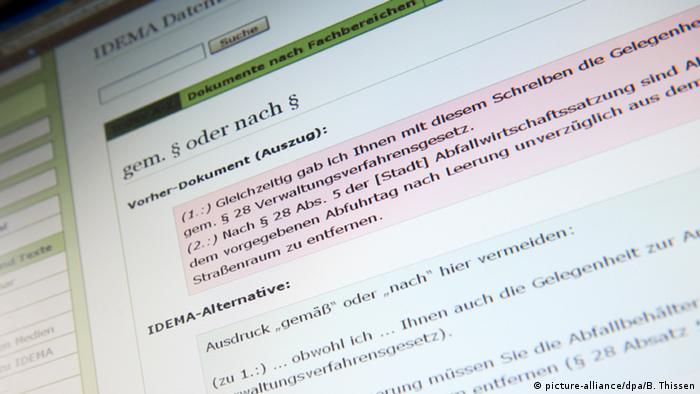 Auf einer Webseite werden Alternativen zu kompliziertem Verwaltungsdeutsch angeboten