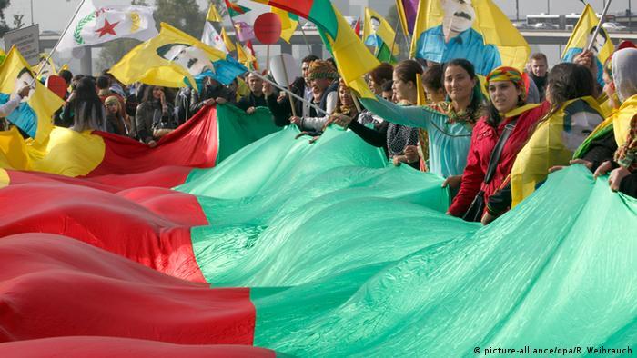 Düsseldorf Kurden Demonstration Terror IS 11.10.2014