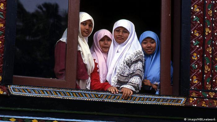Bildergalerie Matrilinearität Minangkabau